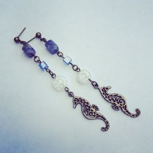 Jewelry - Seahorse Dangler Earrings